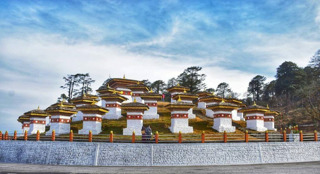 Dochula Pass Thimphu Bhutan – History, Temperature, Altitude, Facts_Attractions_Dochula Pass_1