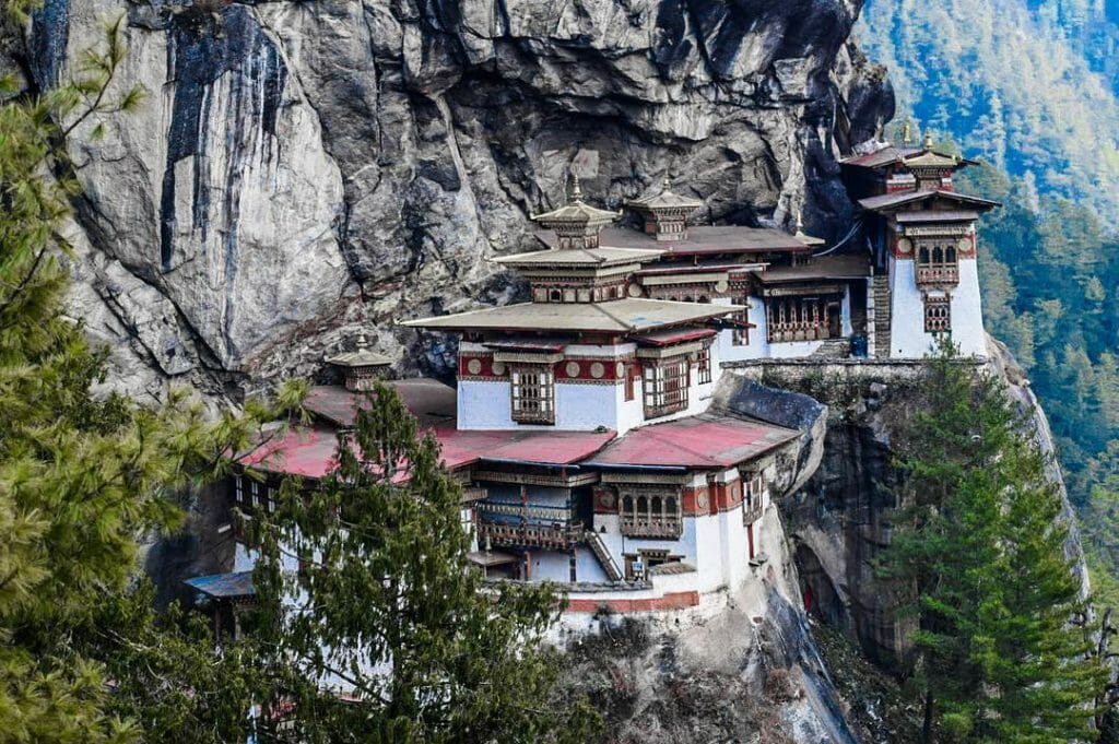 Places to visit in Paro. Things to do in Paro. Paro Tourist Attractions_Places_Paro_2_tiger's nest