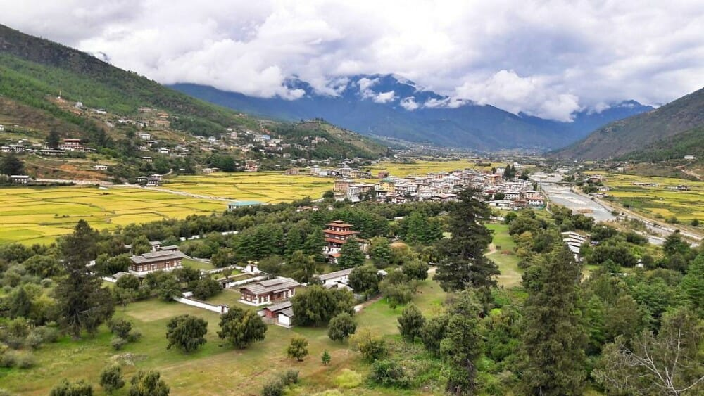 8 Nights Bhutan Trip Cost with Phobjikha Valley and Chele La Pass Haa_D5_Paro Valley